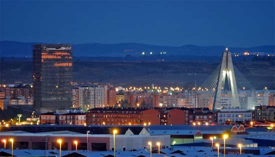 Iluminación- Badajoz-LED, farolas-luminarias- ayuntamiento de Badajoz-alumbrado-Jesús Coslado