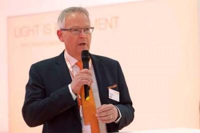 Iluminacion- LED- Philips-Osram-van Houten-Dehen- Bloomberg