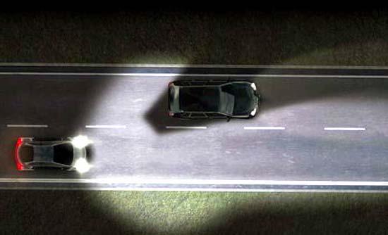 Valeo- iluminación- láser-LED- automoción- CES2015-BeamAtic®- luz-luz larga