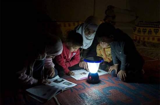 """IKEA- ACNUR- refugiados- """"el poder de la luz""""- Fundación IKEA- luz"""