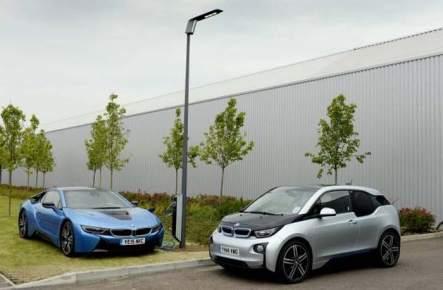 Alumbrado público- recarga-vehículos eléctricos- BMW- Light and Charge