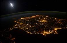 Mapa nocturno- luz- Cities at night- iluminación- alumbrado-contaminación lumínica-imágenes-NASA- fotografías