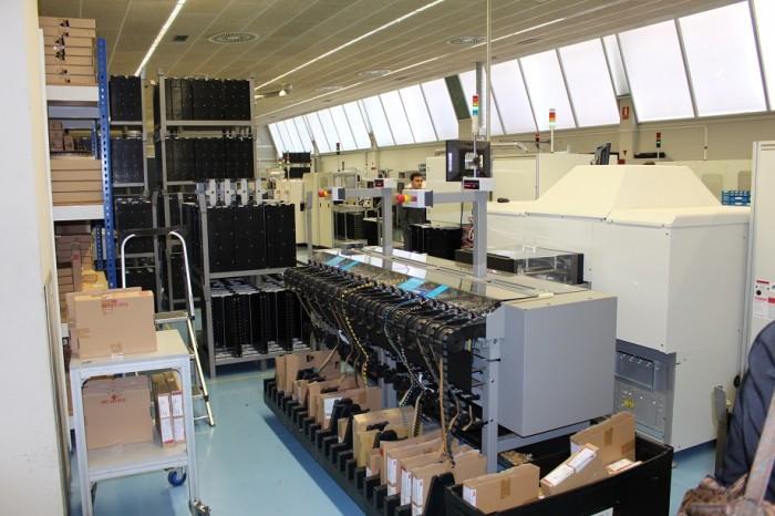 Francisco Artero-ELT- lámparas- LED-magnética- electrónica- iluminación- Laborda- electrónicos