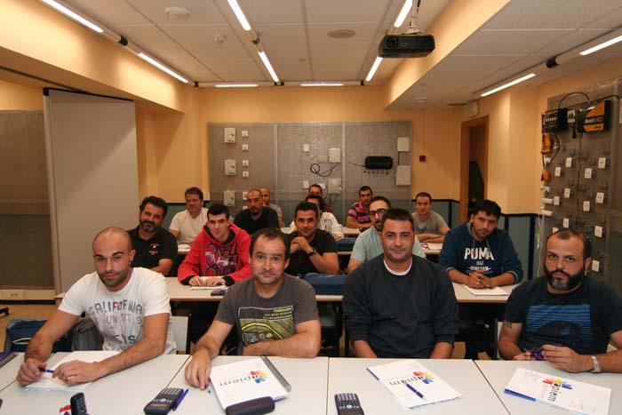 APIEM-curso-formación-electricista