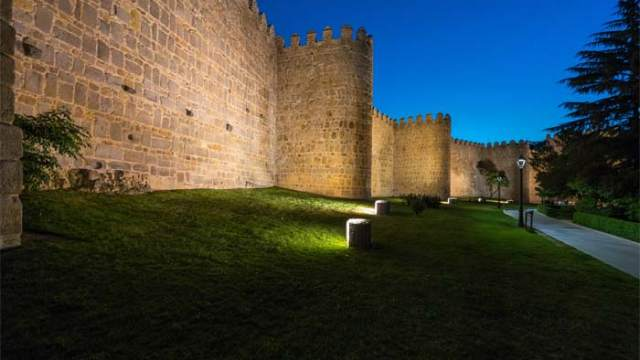 Ávila-premio-City.People.Light- Philips- iluminacion-plan maestro de iluminación-luz- LUCI-diseño de iluminación