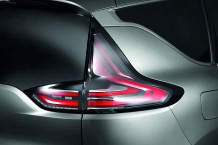 Espace-Renault- iluminación-LED-HELLA-foco –focos-luz