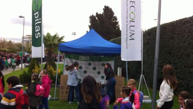 aparatos electrónicos- X edición de la Cross Escolar- reciclaje- ECOLUM- Recyclia