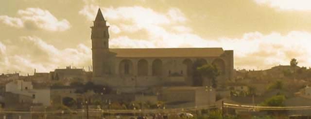 Patrimonio-iluminación-iglesia Sant Pere-Petra- Mallorca