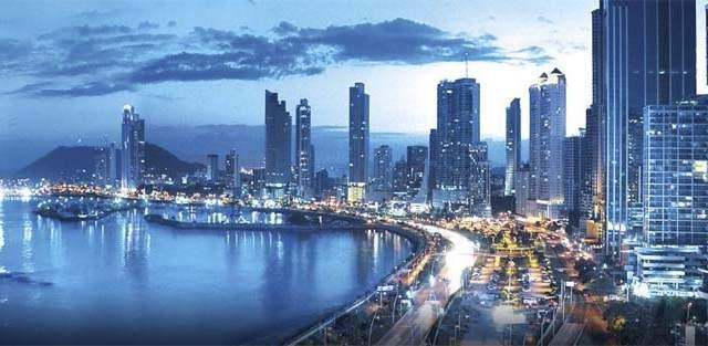 Panamá-feria- Iluminación- InterLumi