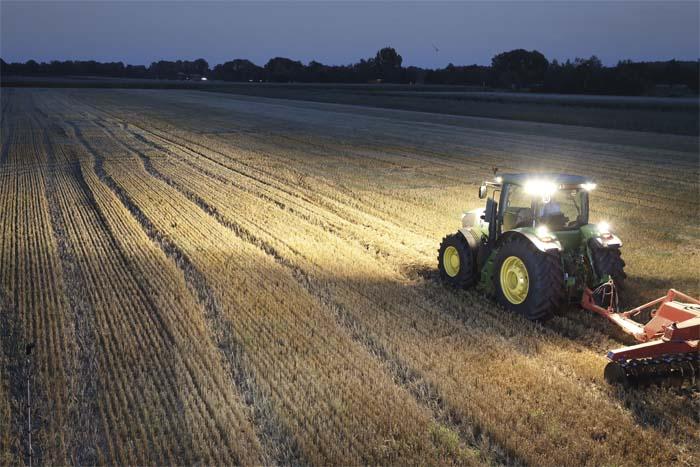 Iluminación - maquinaria agrícola - industrial - Hella - luz - vehículo - LED