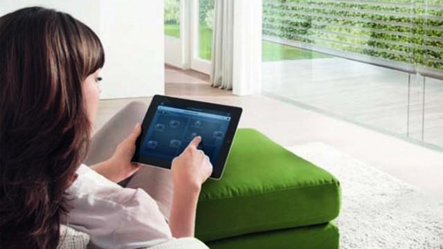 ABB - activación por voz - free@home - smart home - automatizacón