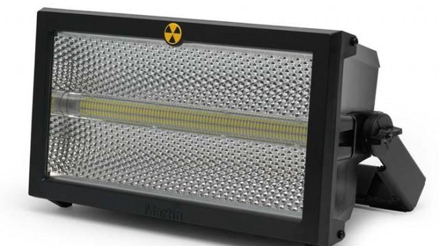 Martin Professional - estrobo - Atomic 3000 LED - Earpro