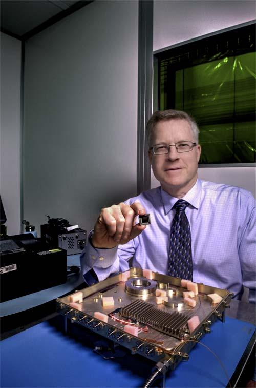 NASA - módem - fotónico-integrado - luz - datos - radio frecuencia