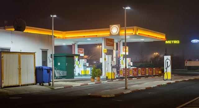 GE – Shell – Hungría - emisiones de CO2 – iluminación - LED