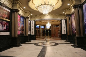 Teatro Gran Vía – HUE – PETALO – HOPE – LUCEPLAN - Luminous Carpet - Philips Lighting - Luminous Textile con LightVibes