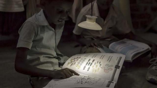 Gravitylight - luz - gravedad - iluminación - África - LED