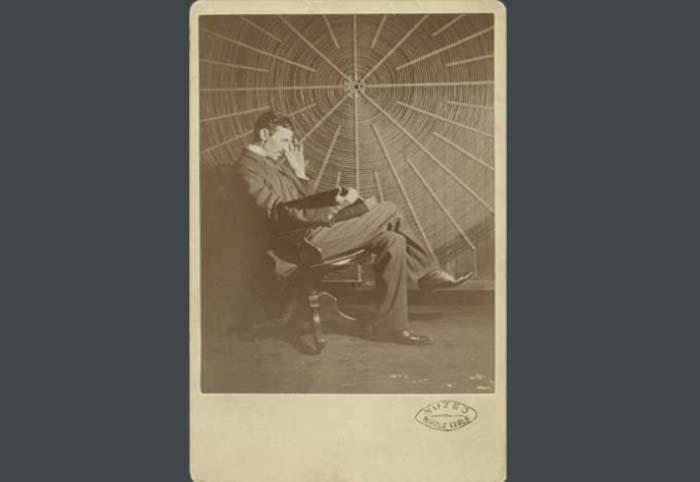 Exposición - futuro - Nikola Tesla - México - Tesla