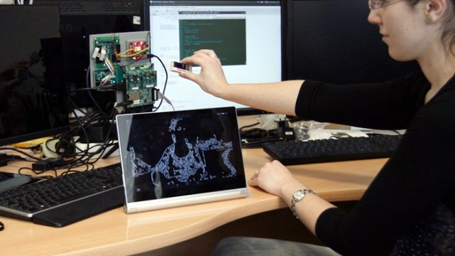 UCLM - Universidad de Castilla-La Mancha - Campus Ciudad Real - Eyes of Things – robótica -Vision Show Startup Competition - Automated Imaging Association