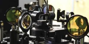 """Ópticas - óptica - fotónica - óptica no lineal - luz - láser - técnica Z- scan - """"épsilon cercana a cero"""""""