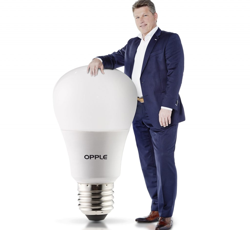 Opple Lighting – luz – China – Europa - LED