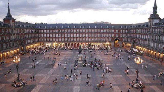 Foro Madrid21 - urbanismo - reformar - Plaza Mayor - iluminación