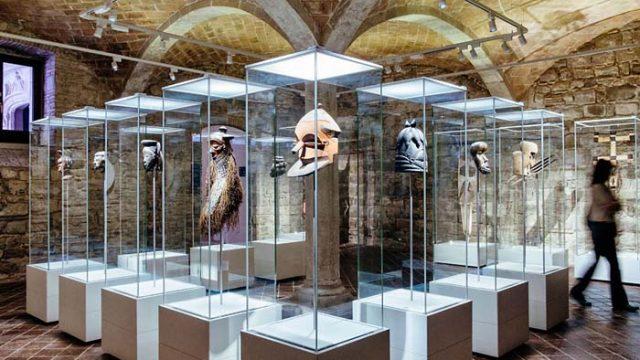Museu de Cultures del Món - iluminada -ERCO - luz