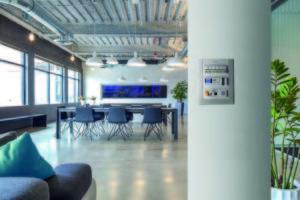 Niessen-ABB- CEM- conectividad- sector terciario-sistemas de conectividad- eléctrica - multimedia - conectividad eléctrica