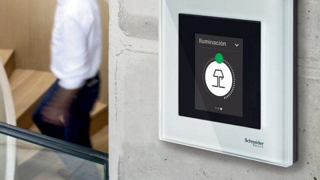 Multitouch KNX Pro, Schneider Electric, automatización, Domótica