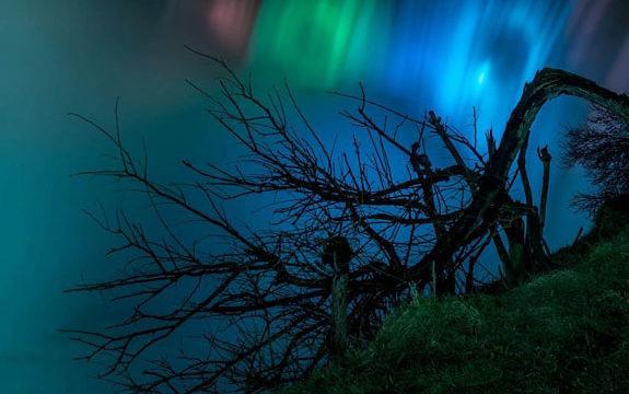 catarata del niágara iluminación led