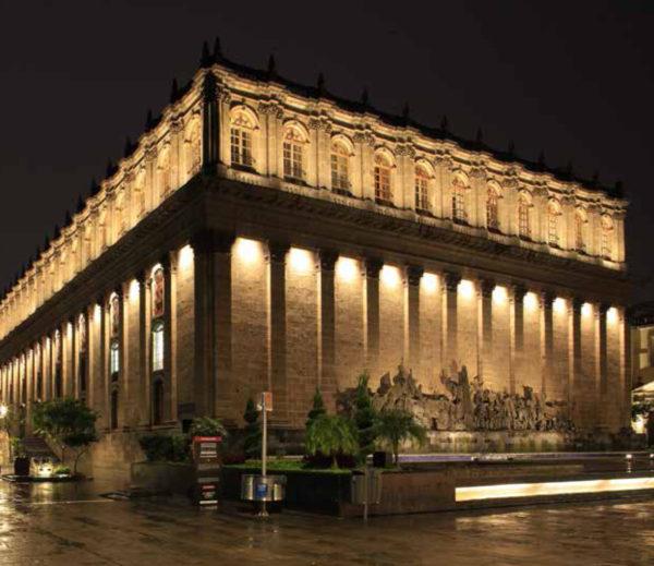 Philips Lighting Ilumina El Teatro Degollado De La Ciudad