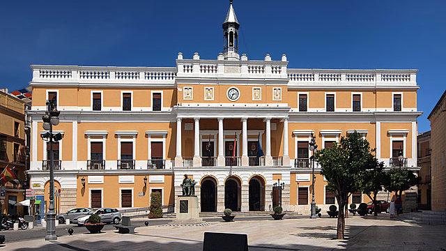 Badajoz,_Plaza_de_España,_Palacio_Municipal_130-1