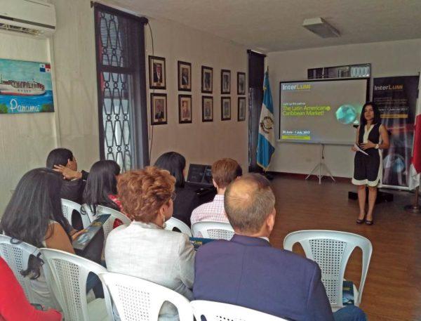 Ana Hernandez, directora ejecutiva de AGI.