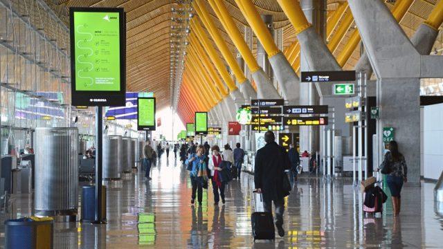 licita, IoT, AENA, aeropuerto, licitación BOE