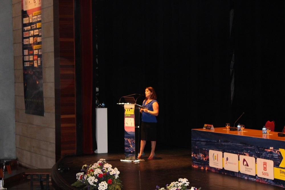Simposium CEI. Elena Fernandez, Osram Lighitng