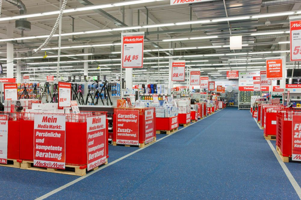 Guided by the light mediamarkt customers find products - Media markt radiadores ...