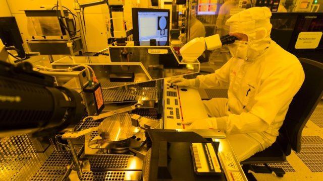 semiconductores, bosch_waferfab-reutlingen_0620166096x3430_img_h720