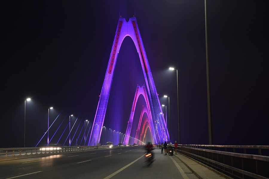 Nhat Tan bridge, Philips Lighting, LED, Lighting