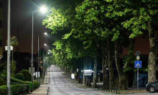 Ferrovial, LED, alumbrado público, ESES