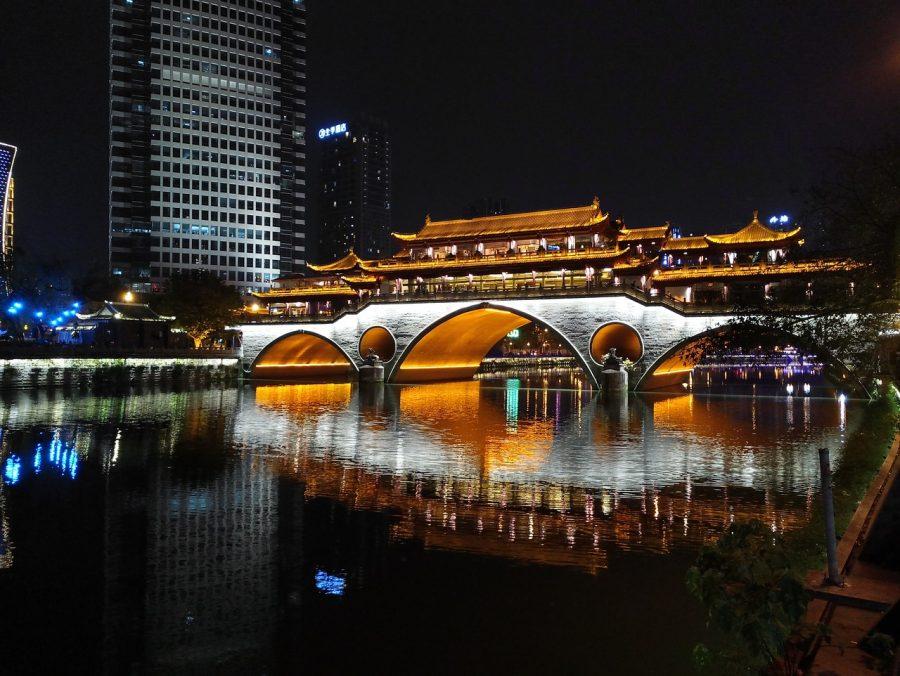 Chengdu, alumbrado público, luna artificial, China