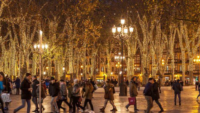 1c431abb52f Así ha sido la sensacional y mágica iluminación navideña de Bilbao ...