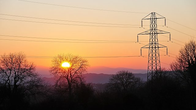 distribución de electricidad