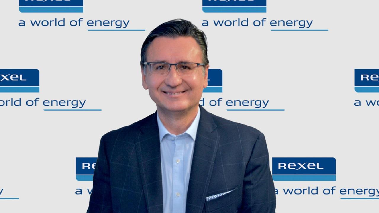 Eugenio de la Rosa, Rexel, Schneider Electric